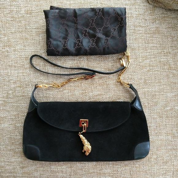 b744c93807e Gucci Handbags - Black Suede Dragon Tom Ford Gucci Handbag Purse